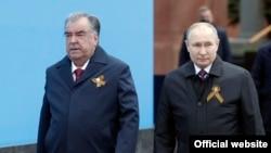 Эмомали Рахмон и Владимир Путин. Москва, 9 мая 2021