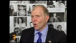 Ambasadorul american William Moser în studioul Europei Libere la Chișinău