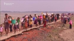 Thousands Of Rohingya Muslims Continue To Stream Into Bangladesh