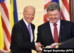 Вице-президент США Джо Байден и президент Украины Петр Порошенко, 2014 год