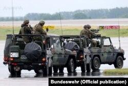Mercedes-Benz G-class – вже не перше десятиліття основний джип німецької армії
