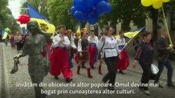 Vîşivanka sărbătorită în centrul Chişinăului