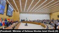Miniștrii Afacerilor Externe și ai Apărării din țările membre NATO