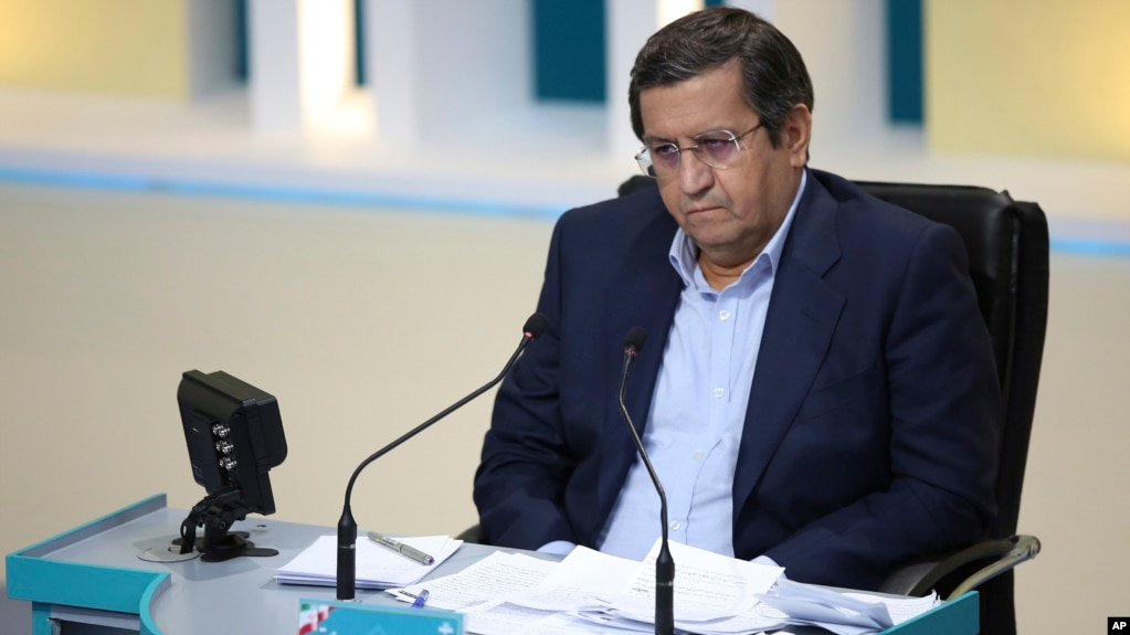 عبدالناصر همتی، رئیس سابق بانک مرکزی و نامزد انتخابات ریاست جمهوری ایران