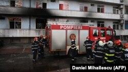 """29 ianuarie, 2021, pompierii intervin la incendiul de la Institutul """"Matei Balș""""."""