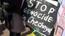 ЛГБТ-активістів затримали на першотравневій акції в російському Санкт-Петербурзі (відео)