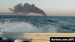 Чад од бродот за поддршка на иранската морнарица Карг во Оманскиот Залив, 2 јуни 2021 година