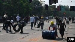 ادامه سرکوب مظاهرچیان در میانمار