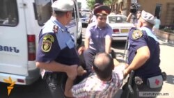 Nine Detained During Protest Against Sarkisian Decision