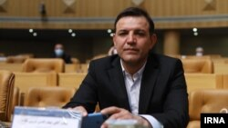 شهابالدین عزیزی خادم، رئیس جدید فدراسیون فوتبال، برای هواداران فوتبال چهرهایناآشناست
