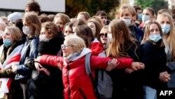 Студенты и преподаватели БГУ во время протеста 26 октября