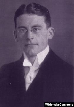 Карл Шмитт, 1912 год
