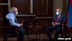 Премьер-министр Армении Никол Пашинян дает интервью Общественной телекомпании, 26 сентября 2020 г.