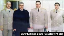 Язгельды Гундогдыев (второй слева), фото Turkmen.news