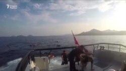 Туркия: Соҳил қўриқчилари чўкаётган 30 муҳожирни қутқариб қолди
