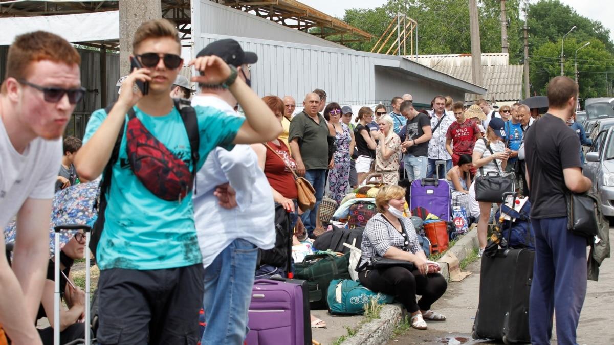 Боевики против детей в оккупации: неделя на Донбассе