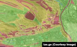 წითლად მონიშნულია მაღალი გეოლოგიური საფრთხის ზონები, ყვითლად საშუალო სიმძიმის საფრთხის ზონები, მწვანე ფერით უსაფრთხო ტერიტორიაა აღნიშნული