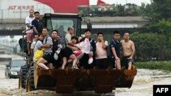 Поплавите во Кина.
