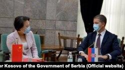 Ambasadorka Kine u Srbiji Čen Bo i direktor Kancelarije za Kosovo Vlade Srbije Marko Đurić