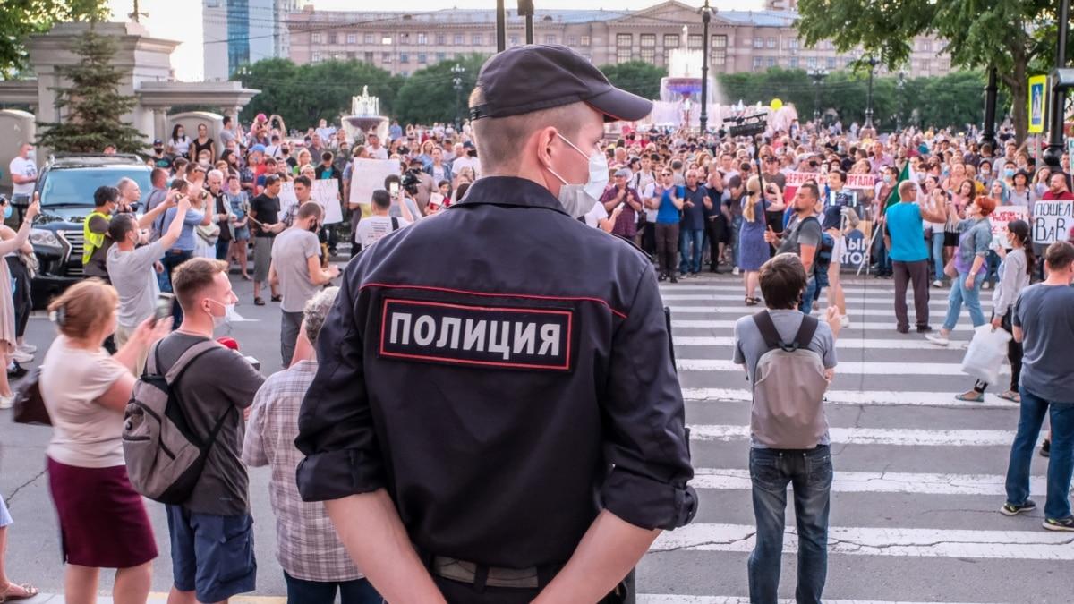 Кому выгодны протесты в Хабаровске? След тянется далеко из России