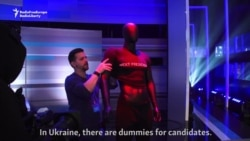 'No Comment' -- Doorstepping Ukraine's Candidates