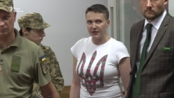 Надежду Савченко оставили под стражей, она говорит о воссстании (видео)