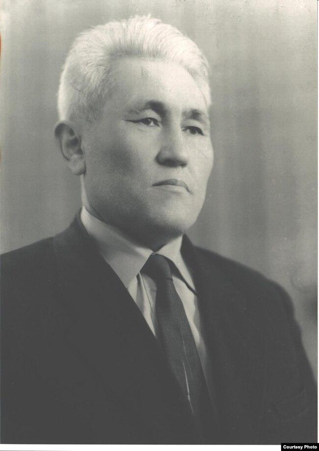 Академик Бегимаалы Жамгырчинов Бишкек шаарында. 17-февраль, 1967-жыл.