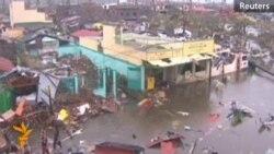 Світ допомагає Філіппінам після руйнівного тайфуну