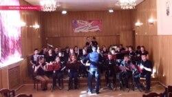 Что родители учеников музыкальных школ в Москве имеют против акробатического рок-н-рола
