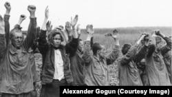 Советские пленные 1941 г. Снимок из федерального архива Германии – фотоархива в Кобленце, копия А. Гогуна