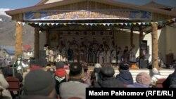Тьилгаяк, официальный праздник в Онгудае
