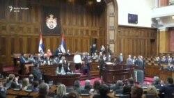 Mogherini pengohet nga radikalët gjatë fjalimit