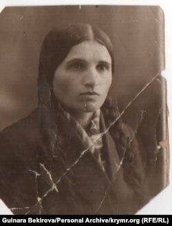 Üsniye Çolpan, müellifniñ arhivi