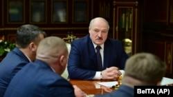 Белорускиот претседател Александар Лукашенко присуствува на состанок со највисоките претставници во Минск, 26 јануари 2021 година