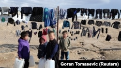 Balalar Al-Hol lagerinde, 2020 senesi yanvarniñ 8-i