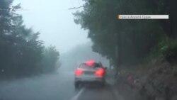 На Крым обрушились ливни с грозами (видео)