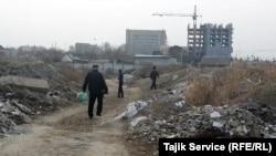 Снесенные дома на месте нереализованного проекта China Town в таджикском городе Худжанде.