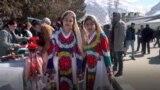 د تاجکستان پامیریان هم د زردشت او هم د اسلام دودونه پالي