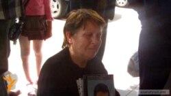 Матери погибших солдат требовали встречи с премьер-министром