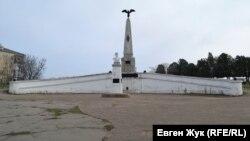 Памятник Третьему бастиону в Севастополе был восстановлен в 1979 году