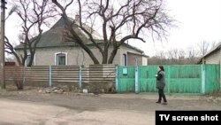 Двор, где произошел взрыв. Оккупированный Александровск, Донецкая область