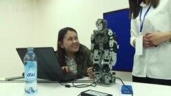 Балдар жасаган роботтордун фестивалы