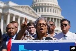 Senfronia Thompson este liderul membrilor democrați din legislativul din Texas. Aceștia au participat, luni, la o conferință de presă în Washington, unde s-au refugiat pentru a nu asigura cvorumul la ședința în care urmau să fie adoptate restricții cu privire la vot propuse de republicani.