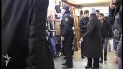 Metronun 11 stansiyasında köşklər söküldü...