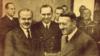 В'ячеслав Молотов та Адольф Гітлер під час переговорів в імперській канцелярії (фото з радянської газети «Правда»)
