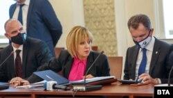 Пред комисията за ревизия на кабинета, оглавявана от Мая Манолова, беше разпитан бизнесмен, подал сигнал за корупция, свързана с премиера Бойко Борисов