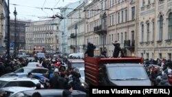 Акция в поддержку Навального в Петербурге