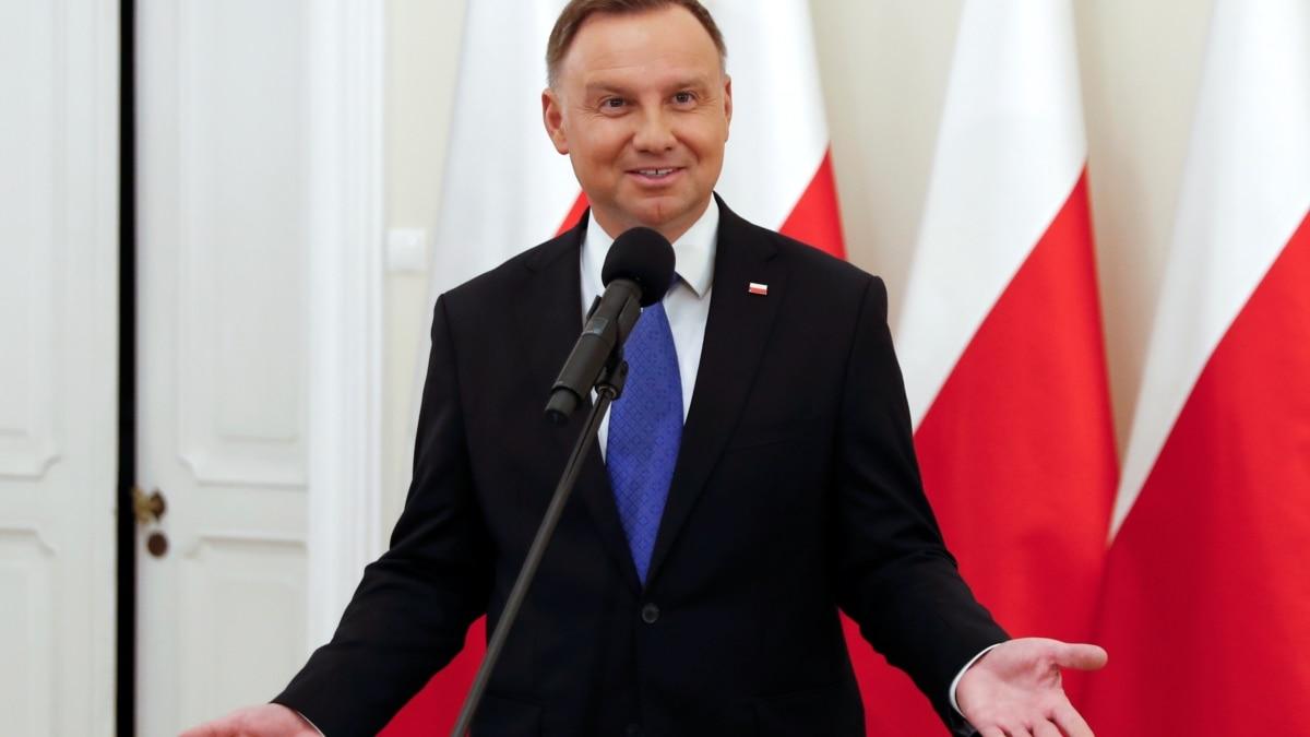 Службы безопасности Польши проверяют звонок пранкеров Анджею Дуде, в котором тот упоминал Украину