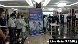 La Universitatea de Medicină de la Chișinău s-a încheiat primul maraton de vaccinare anti Covid-19, 23 mai 2021