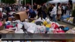 Многу граѓани на плоштадот за помош на Србија и БиХ